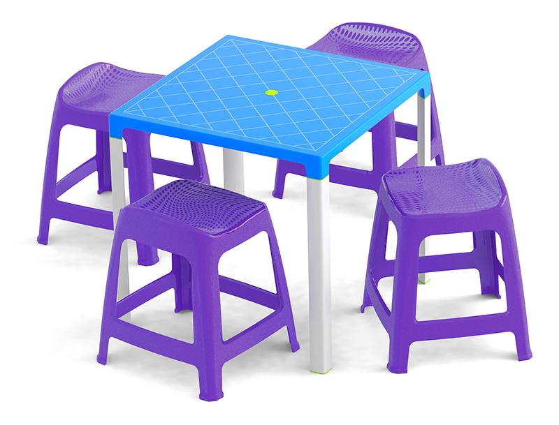 Mesa fortaleza azul con 4 maxibancos lila